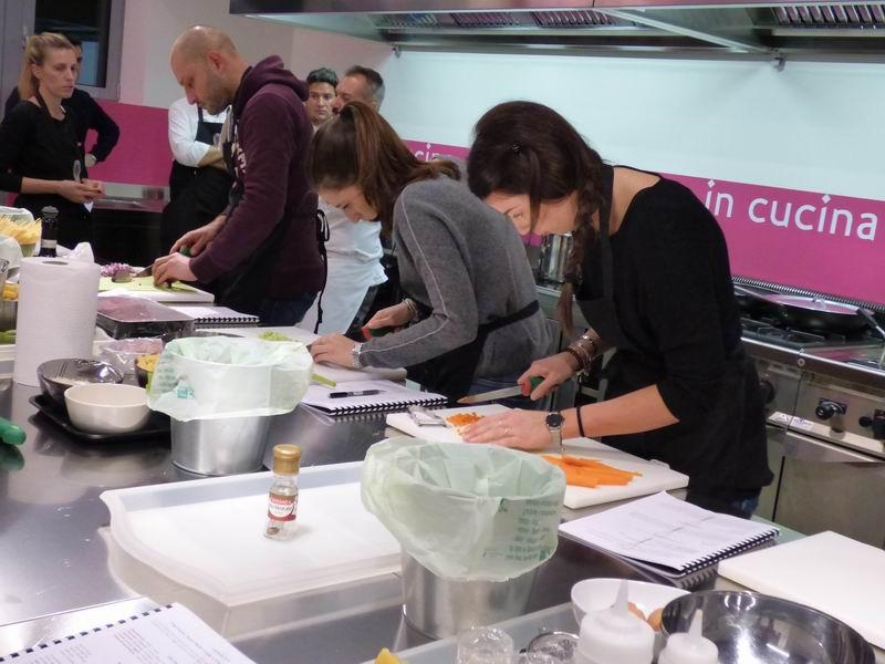 Ottoincucina bologna corso di cucina base in 6 lezioni imparare tecniche e abilit - Corsi cucina bologna 2017 ...