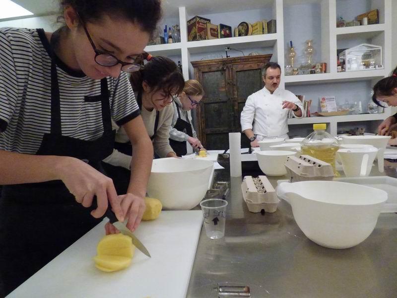 Bologna, corso di cucina per ragazzi