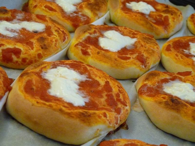 Pane, pizza e lievitati - otto in cucina