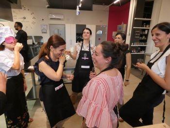 gallery/corsi_personalizzati/addio_al_nubilato/2019-06-14/Otto_in_cucina_-_Addio_al_Nubilato_-_2019-06-14-019.JPG