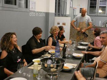 gallery/corsi_personalizzati/corsi_personalizzati/2019-06-28/Otto_in_cucina_-_Corso_specifico_su_richiesta_-_2019-06-28-004.JPG