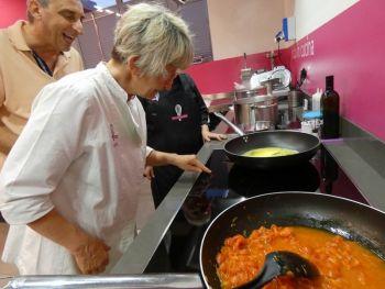 gallery/corsi_personalizzati/corsi_personalizzati/2019-06-28/Otto_in_cucina_-_Corso_specifico_su_richiesta_-_2019-06-28-008.JPG