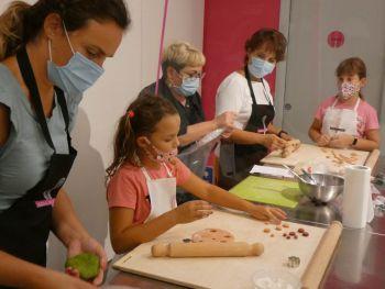 gallery/corso_family/2020-09-08/Otto_in_cucina_-_Corso_Family_-_2020-09-08-016.JPG