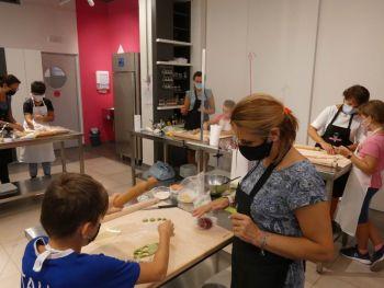 gallery/corso_family/2020-09-08/Otto_in_cucina_-_Corso_Family_-_2020-09-08-017.JPG