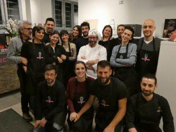 gallery/corso_per_coppie/2019-02-14/otto_in_cucina_-_coppie_-_2019-02-14_000.JPG