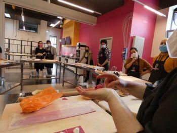 gallery/corso_per_coppie/2021-05-01/otto_in_cucina_-_corso_di_coppia_-_2021-05-01_012.JPG