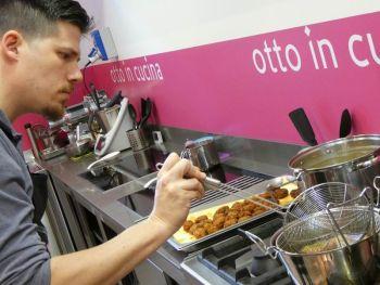 gallery/cucina_etnica/cucina_thailandese/2019-11-09/Otto_in_cucina_-_Cucina_Thai_-_2019-11-09-014.JPG