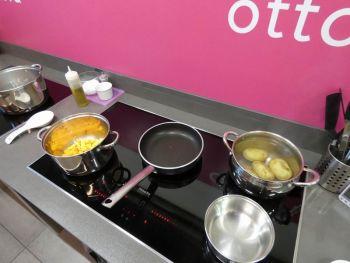 gallery/cucina_menu/altri_menu/finger_food/2021-05-25/Otto_in_cucina_-_Finger_Food_-_2021-05-25-019.JPG