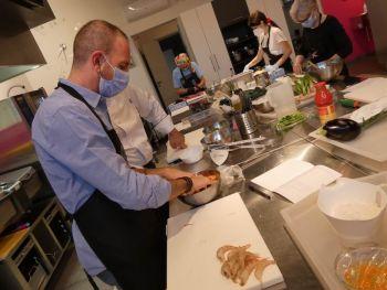 gallery/cucina_menu/altri_menu/finger_food/2021-05-25/Otto_in_cucina_-_Finger_Food_-_2021-05-25-026.JPG