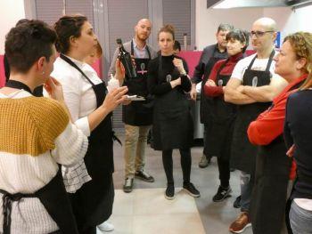 gallery/cucina_menu/pesce/pesce_in_3_lezioni/2019-02-06/Otto_in_cucina_-_Pesce_in_3_lezioni_-_2019-02-06-007.JPG