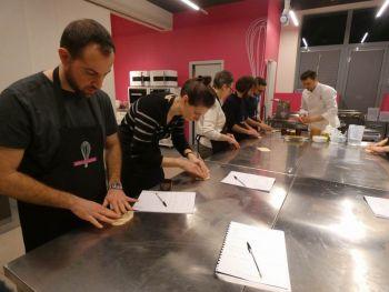 gallery/lievitati/corso_in_3_lezioni/2020-03-05/Otto_in_cucina_-_pane_pizza_lievitati_-_2020-03-05-008.JPG