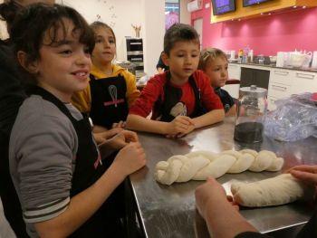 gallery/ragazzi-bambini/bambini/2019-01-05/Otto_in_cucina_-_Pane_e_Pizza_bambini_-_2019-01-05-012.JPG