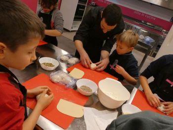 gallery/ragazzi-bambini/bambini/2019-01-05/Otto_in_cucina_-_Pane_e_Pizza_bambini_-_2019-01-05-025.JPG
