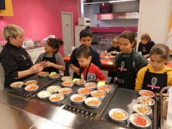 gallery/ragazzi-bambini/bambini/2019-01-05/Otto_in_cucina_-_Pane_e_Pizza_bambini_-_2019-01-05-026.JPG