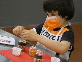 gallery/ragazzi-bambini/bambini/2021-05-22/Otto_in_cucina_-_CupCake_bambini_-_2021-05-22-006.JPG