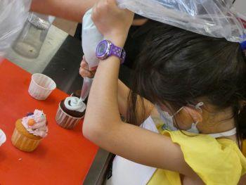 gallery/ragazzi-bambini/bambini/2021-05-22/Otto_in_cucina_-_CupCake_bambini_-_2021-05-22-008.JPG