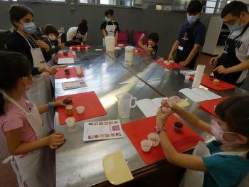 gallery/ragazzi-bambini/bambini/2021-05-22/Otto_in_cucina_-_CupCake_bambini_-_2021-05-22-009.JPG