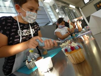 gallery/ragazzi-bambini/bambini/2021-10-02/Otto_in_cucina_-_CupCake_bambini_-_2021-10-02-003.JPG