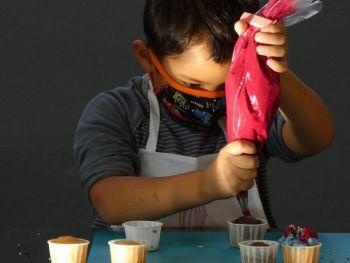 gallery/ragazzi-bambini/bambini/2021-10-02/Otto_in_cucina_-_CupCake_bambini_-_2021-10-02-005.JPG