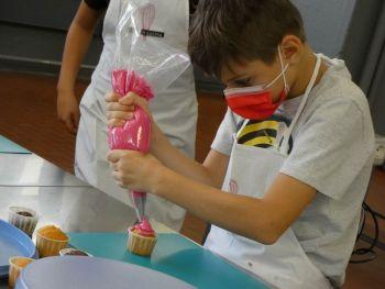 gallery/ragazzi-bambini/bambini/2021-10-02/Otto_in_cucina_-_CupCake_bambini_-_2021-10-02-007.JPG
