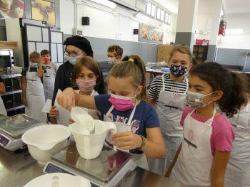 gallery/ragazzi-bambini/bambini/2021-10-02/Otto_in_cucina_-_CupCake_bambini_-_2021-10-02-026.JPG